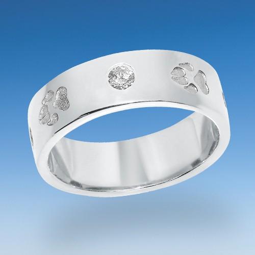 Modischer Ring mit einpunzierten Hundepfötchen mit Zirkonia