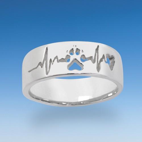 Attraktiver Ring mit durchbrochener Hundepfote mit Herzschlag