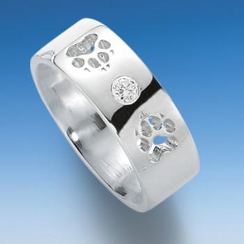 Eleganter Ring glatt mit durchbrochenen Hundepfoten und Zirkonia