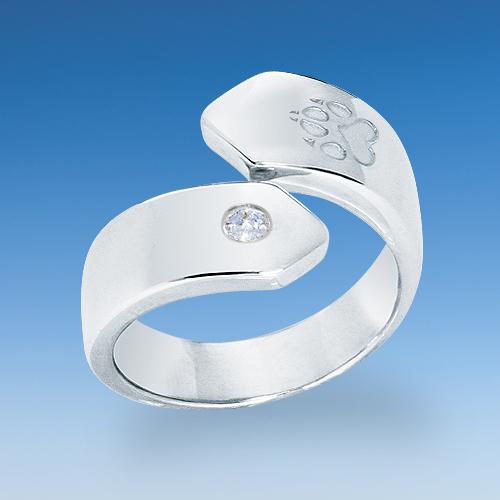 aktueller ring in neuem design mit einpunziertem pf tchen. Black Bedroom Furniture Sets. Home Design Ideas